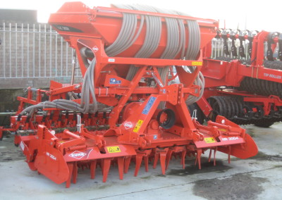 NEW Kuhn LC302 Seed drills c/w 3004 Power Harrow