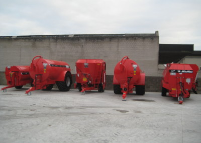 New Hi Spec Slurry Tanks, Diet Feeders & Rear & Side Spreaders